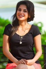 Actress Aishwarya Menon-7