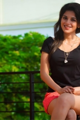Actress Aishwarya Menon-9