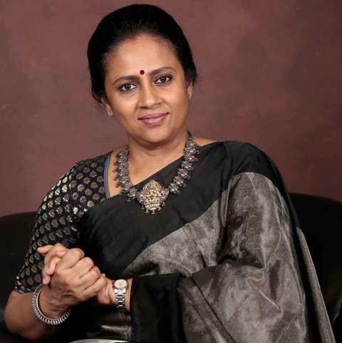 கலைஞர் டிவியில் லஷ்மி ராமகிருஷ்ணனின் புதிய நிகழ்ச்சி'நேர் கொண்ட பார்வை'
